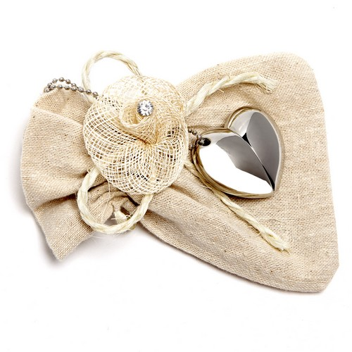 Pictured: Silver Heart with Hessian Pouch