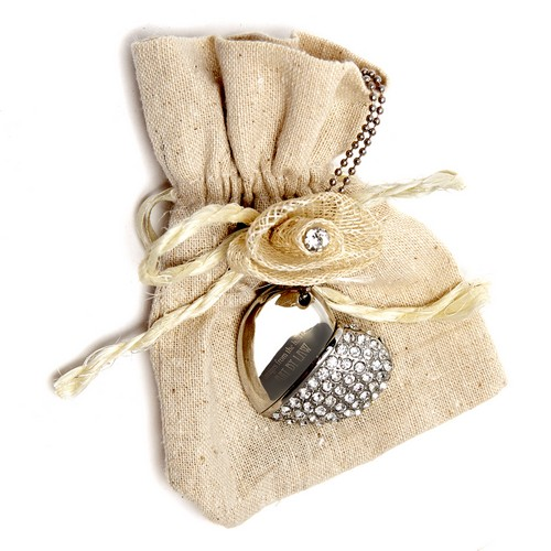 Pictured: Diamond Heart with Hessian Pouch